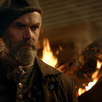 OUTLANDER_-_E5X02_BETWEEN_TWO_FIRES_STILLS_0001.jpg